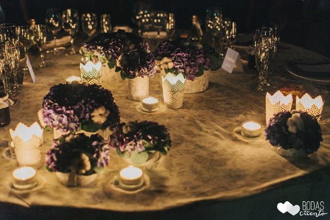 una boda decorada en azul decoración mesa presidencial