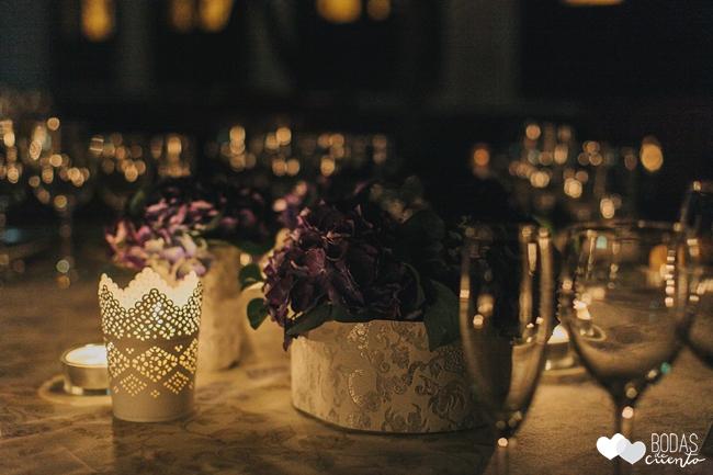 una boda decorada en azul decoración de mesas