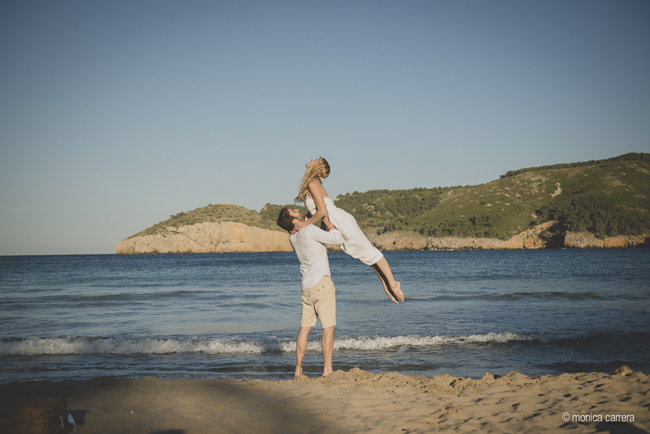 www.bodasdecuento.com Preboda en el Empordà, Costa Brava. Wedding Planner Girona y Barcelona. Foto de Mònica Carrera