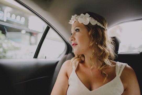 novia en el coche www.bodasdecuento.com