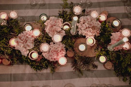 centro-de-mesa-romántico-bodawww.bodasdecuento.com