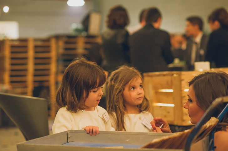 niñas con chapa mister wonderful www.bodasdecuento.com