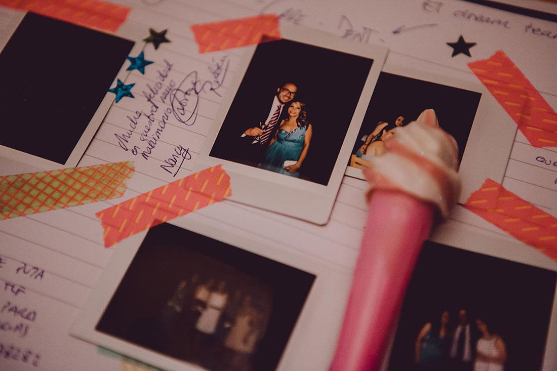 libro de firmas boda divertido www.bodasdecuento.com
