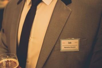 tarjeta identificativa invitados