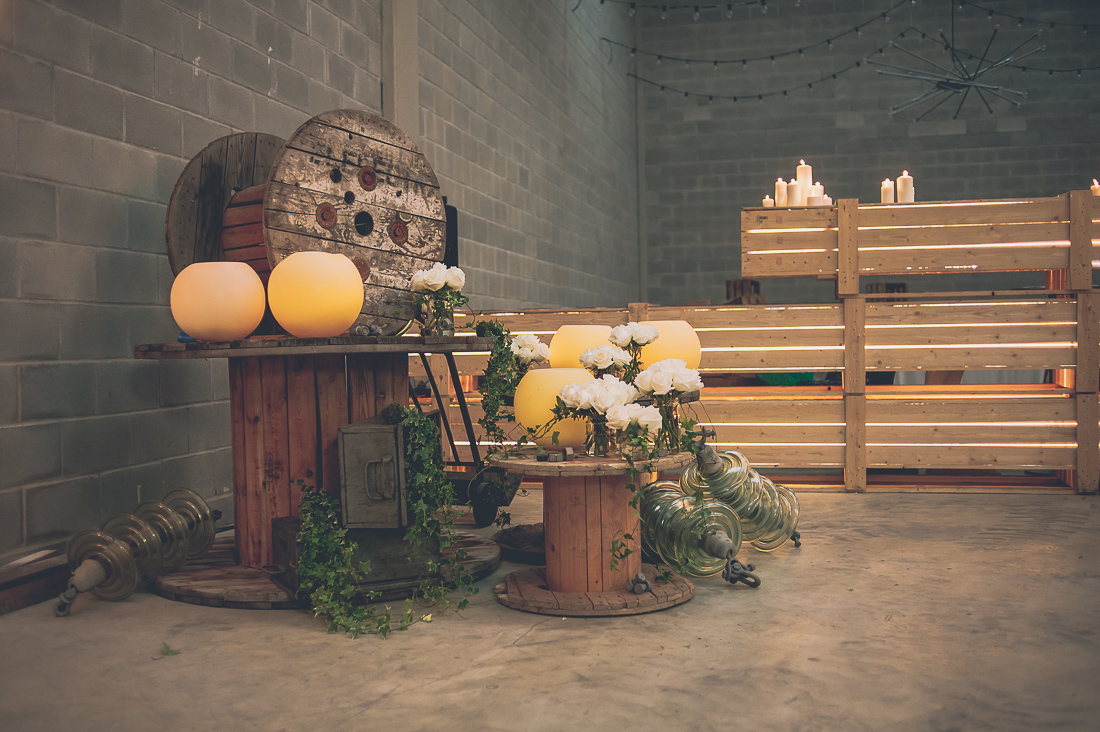 spanish industrial wedding www.bodasdecuento.com