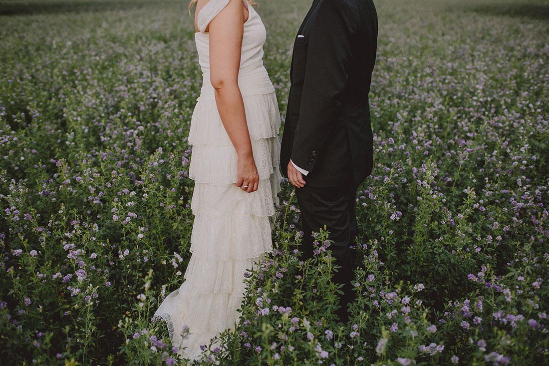 novios entre alfalfa www.bodasdecuento.com