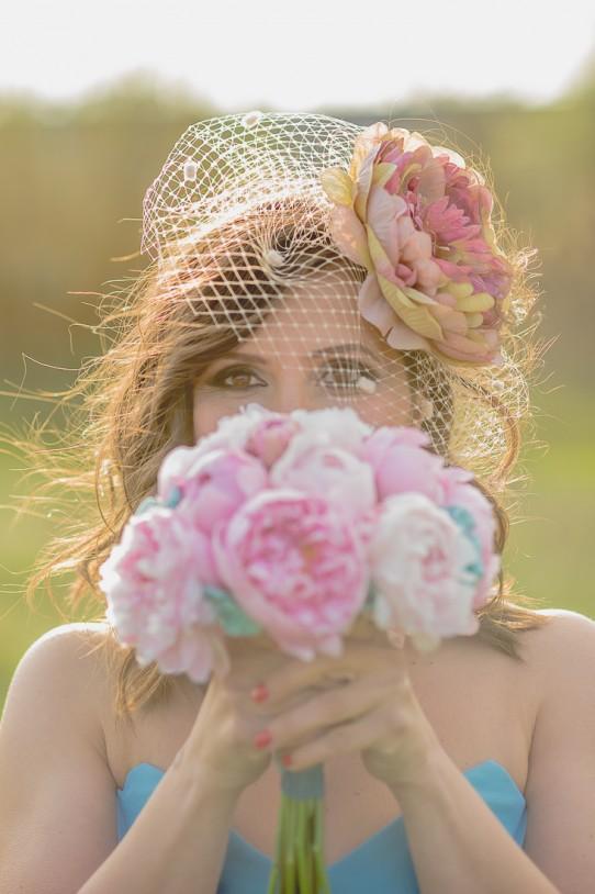 ramo de novia con peonías www.bodasdecuento.com