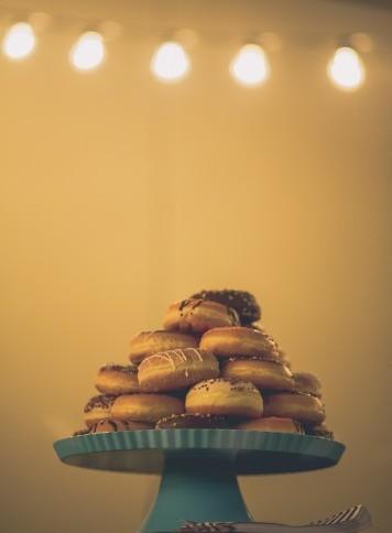 buffet de donuts boda www.bodasdecuento.com