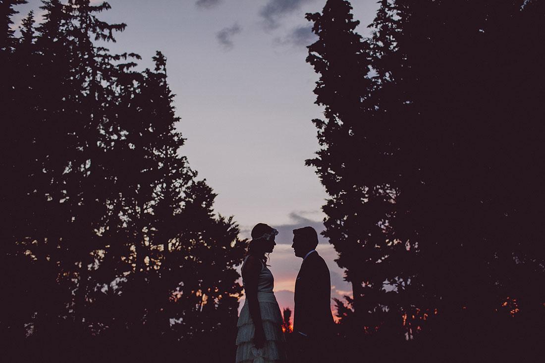 novios al atardecer www.bodasdecuento.com