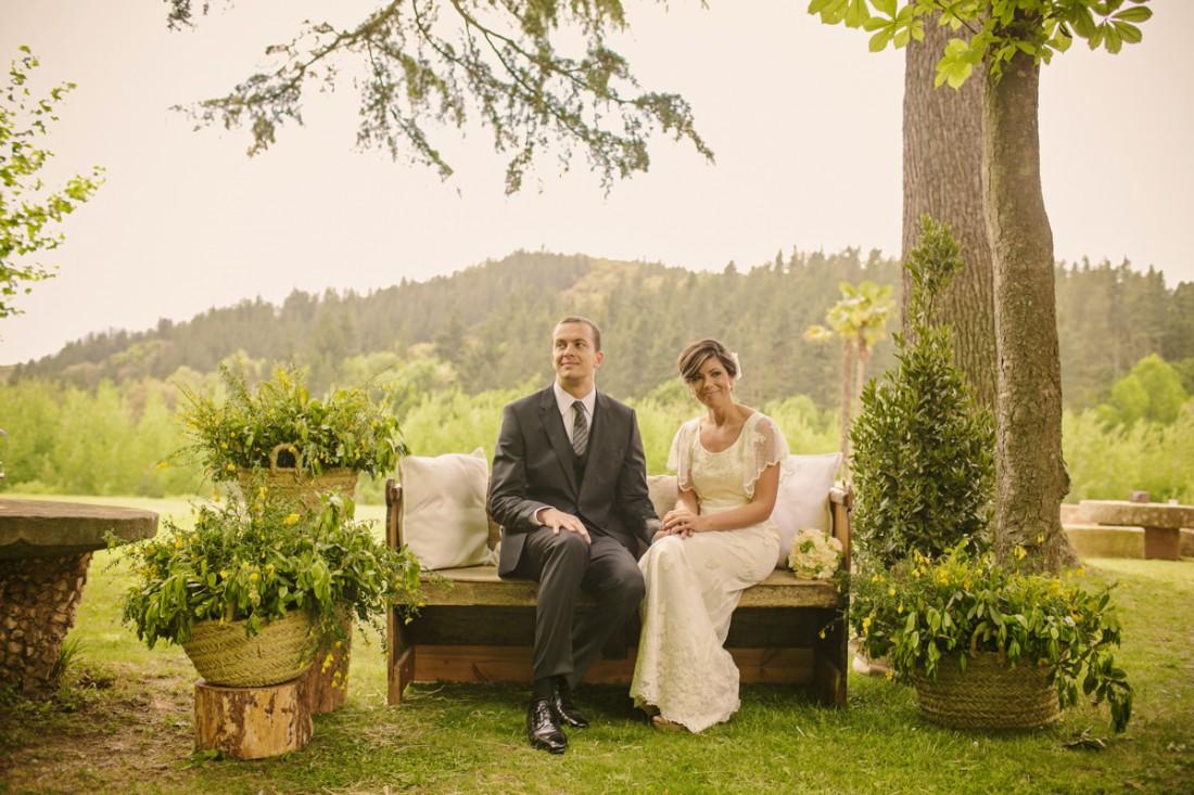novios ceremonia romántica www.bodasdecuento.com