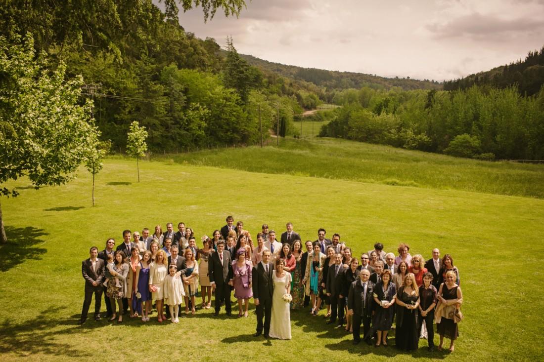 foto de grupo invitados boda www.bodasdecuento.com