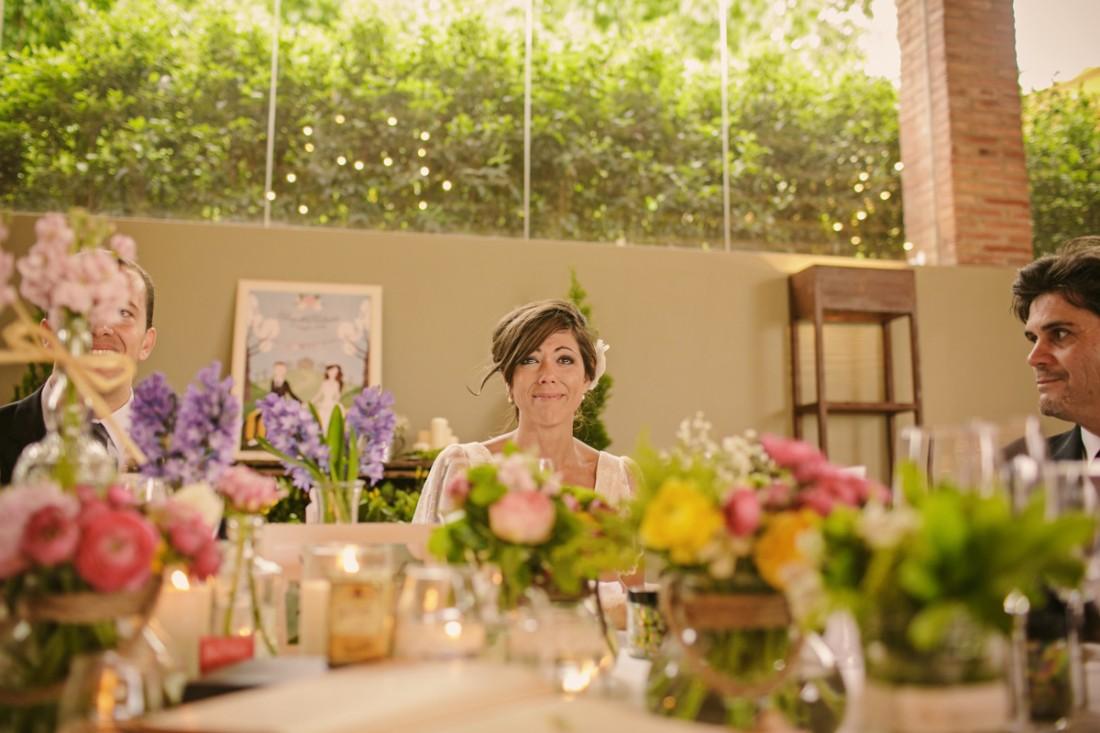 novia emocionada boda www.bodasdecuento.com