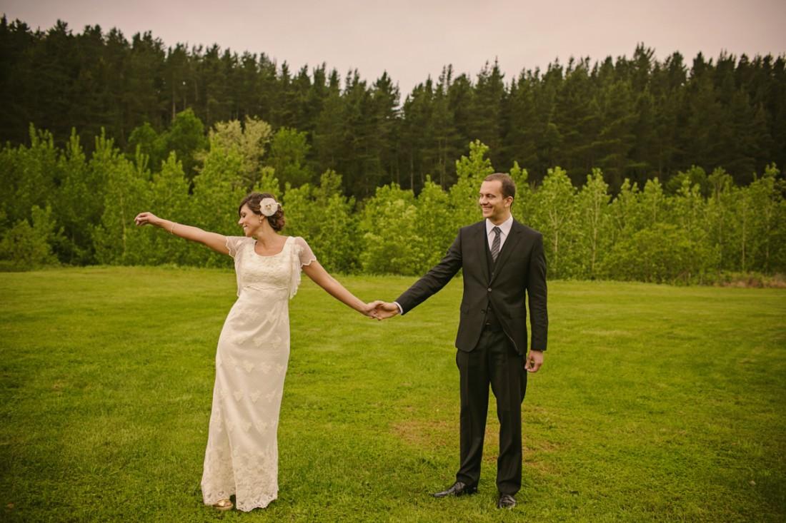 sesión fotos novios en el campo www.bodasdecuento.com