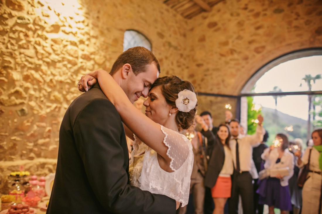 baile novios bengalas www.bodasdecuento.com