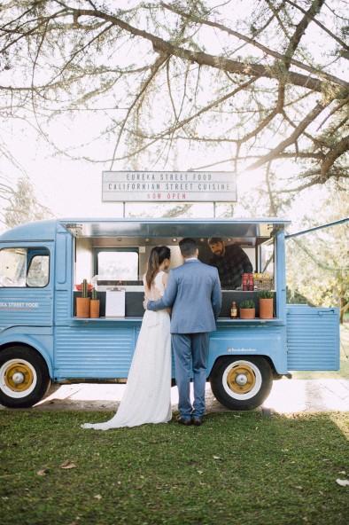 caravana vintage comida www.bodasdecuento.com