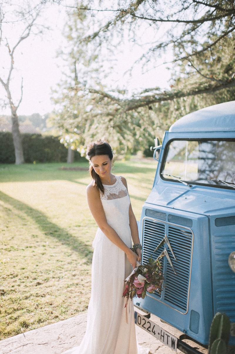 novia furgoneta vintage www.bodasdecuento.com
