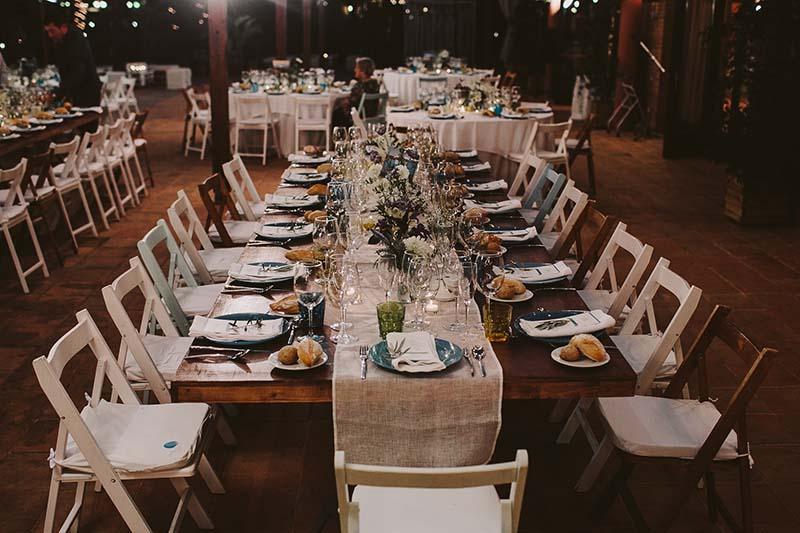 mesa imperial de madera boda www.bodasdecuento.com