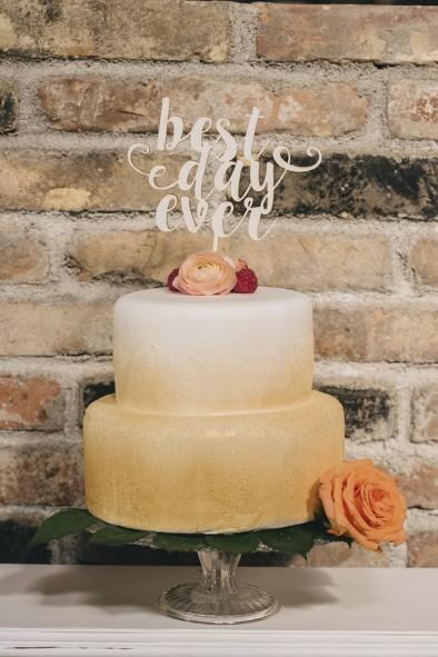 pastel dorado boda www.bodasdecuento.com