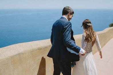 novios junto al mar www.bodasdecuento.com