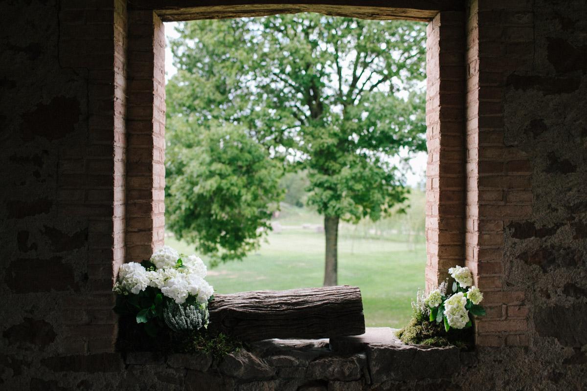 decoración ceremonia en el campo www.bodasdecuento.com