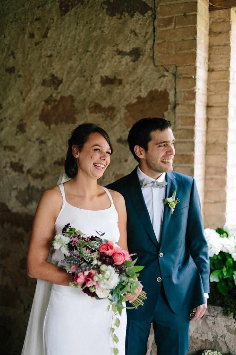 ceremonia en una masia en barcelona www.bodasdecuento.com