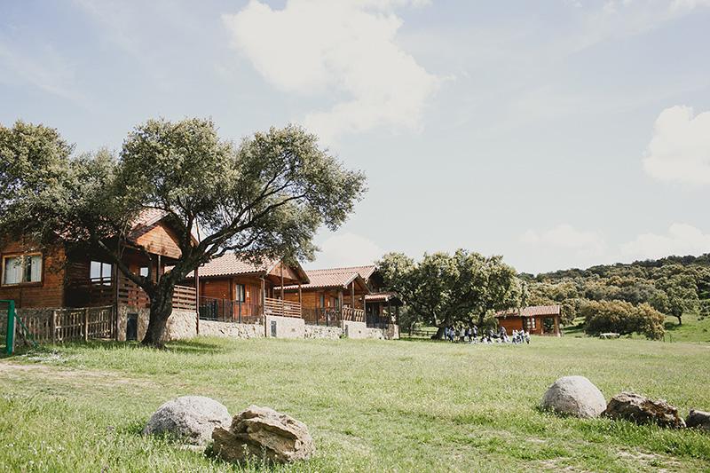 cabañas-madera-los-jarales www.bodasdecuento.com