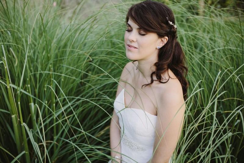 vestido Pronovias escote corazón www.bodasdecuento.com