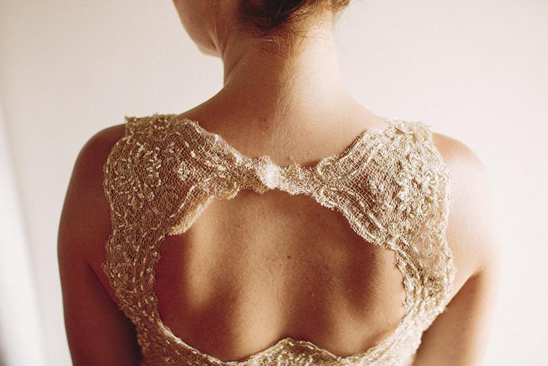 espalda vestido novia www.bodasdecuento.com