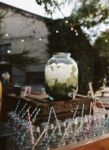 dispensadores limonadas boda www.bodasdecuento.com