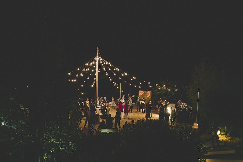 bombillas verbena boda www.bodasdecuento.com