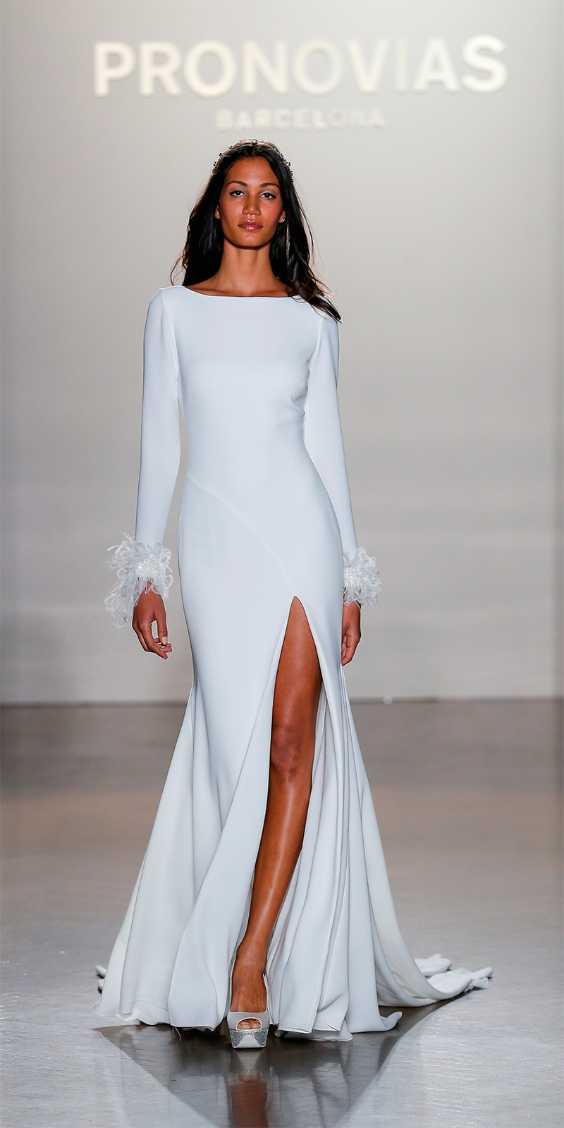 pronovias-ny-fashion-show_nuria