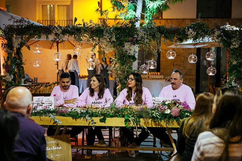 Autores de La agenda de Nuestra boda. Presentación libro de bodas en Valencia www.bodasdecuento.com