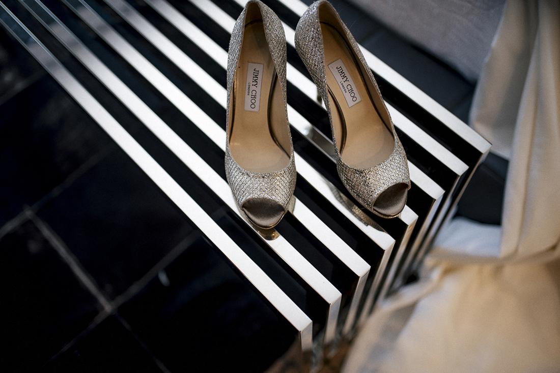 zapatos novia jimmy choo www.bodasdecuento.com
