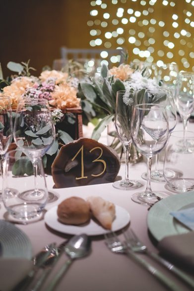 decoración mesas minerales www.bodasdecuento.com