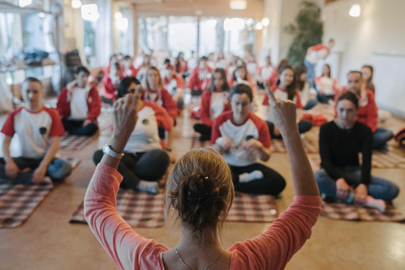 taller de yoga www.bodasdecuento.com