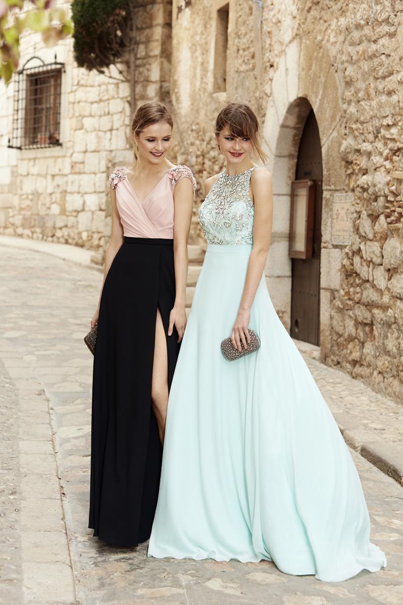 Invitadas de verano by Pronovias www.bodasdecuento.com