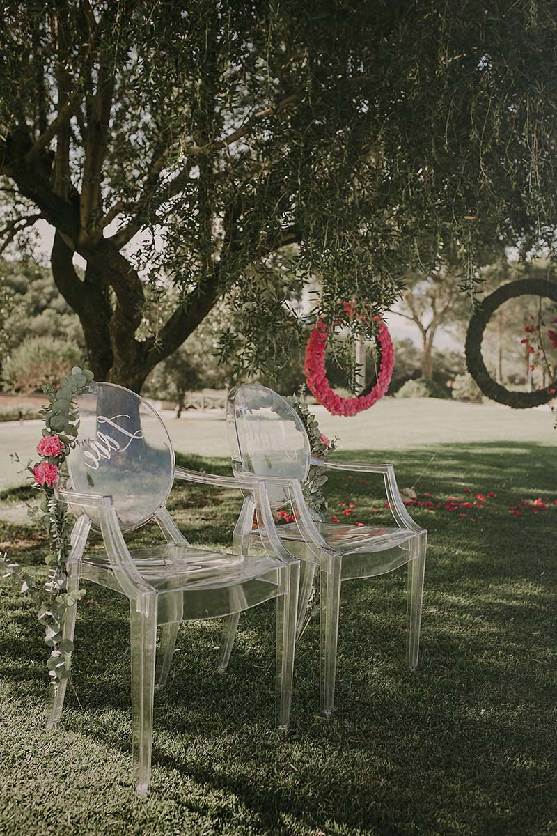 sillas ceremonia boda www.bodasdecuento.com