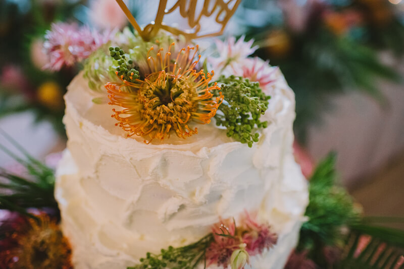 tarta boda tropical www.bodasdecuento.com