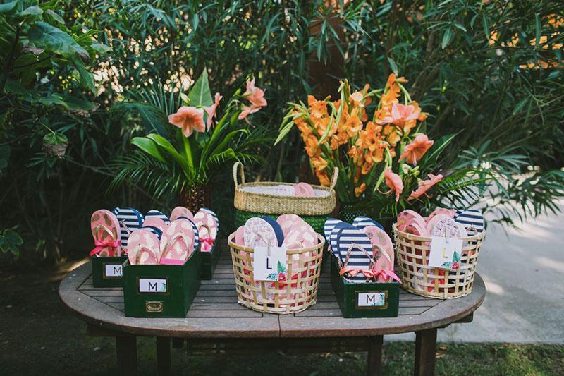 chanclas para boda tropical www.bodasdecuento.com