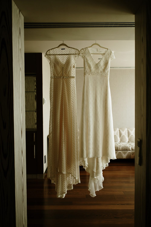 Boda boho chic dos novias | vestido novia Otadui | Bodas de Cuento