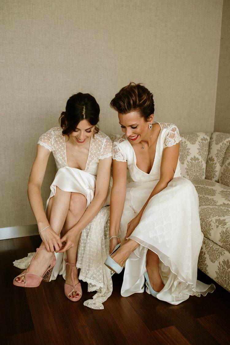 Boda boho chic dos novias |vestido novia otadui | Bodas de Cuento