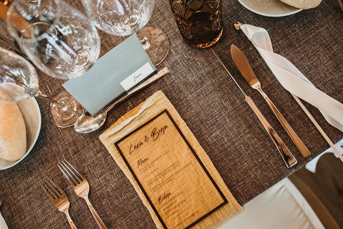 Set de mesa dorado y marron boda de invierno rustica chic Bodas de Cuento