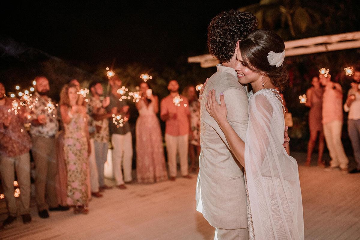 baile de los novios boda en una isla de colombia